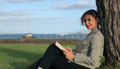 Najwa Shihab Lelang Koleksi Sneakers untuk Gerakan Lawan Corona