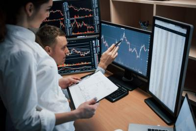 Anjlok 5%, IHSG Kena Trading Halt Setop di 4.138