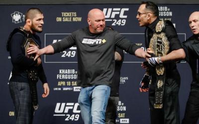 Presiden UFC Kesal Duel Khabib vs Ferguson Selalu Alami Masalah
