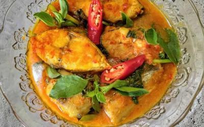 Ide Makan Malam Enak, Resep Woku Tenggiri khas Manado