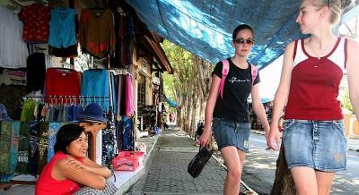 Gara-Gara Corona, Jumlah Kunjungan Wisman ke Indonesia Turun 30,42%