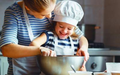 Cara Bikin Anak Betah di Rumah Selama Isolasi Diri Corona COVID-19