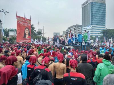 Buruh Akan Demo Tolak Omnibus Law Ciptaker di Tengah Corona, DPR: Kami Hormati