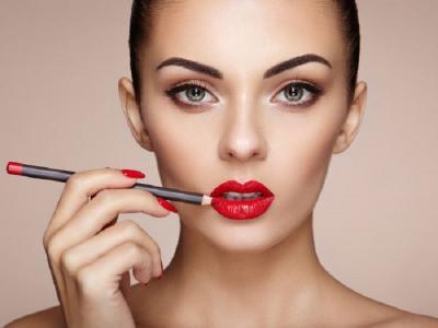 Di Rumah Aja Enggak Perlu Makeup, Apa Kata Para Perempuan?