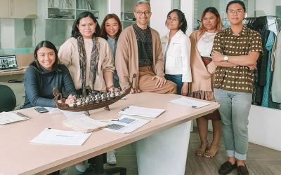 Desainer Didiet Maulana Bongkar Rahasia Dapur Kreatif Ikat Indonesia