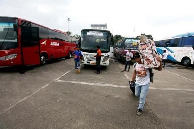 Jakarta Berlakukan PSBB, Bus AKAP Dilarang Masuk Pukul 18.00 WIB