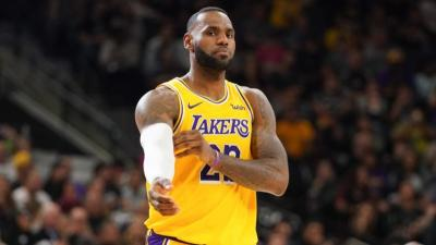 LeBron James atau Michael Jordan? Begini Jawaban Magic Johnson