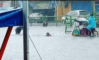 Diguyur Hujan Deras, Jalan Margonda Depok Sempat Kebanjiran