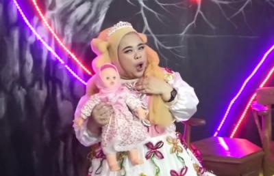Pencipta Aku Bukan Boneka Milik Rinni Wulandari Komentar Lagu Kekeyi