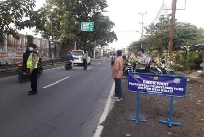 Banyak Pembantu Rumah Tangga yang Tak Bisa Kembali ke Jakarta