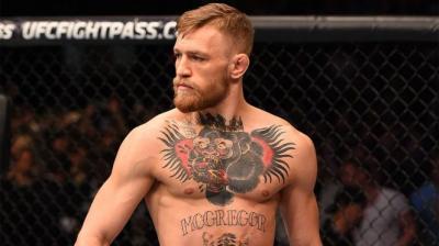 Presiden UFC Desak McGregor Tetap Fokus di Kelas Ringan