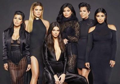 Kelakuanmu saat Karantina Mirip Siapa di Keluarga Kardashian-Jenner?